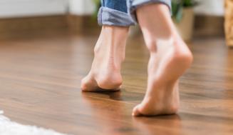 Jak barevně sladit podlahu s interiérem?